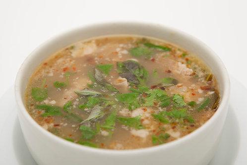 211: Tom sep, soep met varkenskluifjes