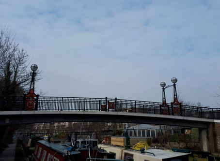 Here is London. (Along the Canal)