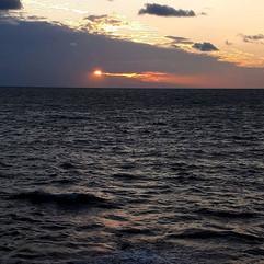 Sea Silence__Stood in sea quiet_The infi