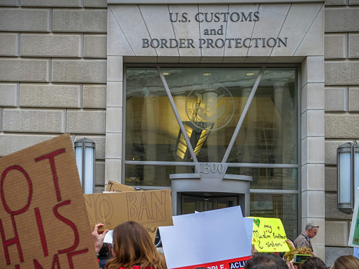 Border is 100% a Crisis – Facility Overflows, Dallas Convention Center Just the Start