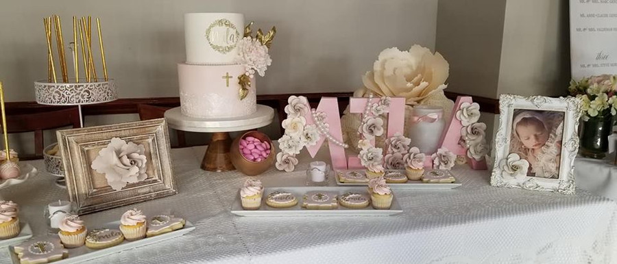 sweet table set up