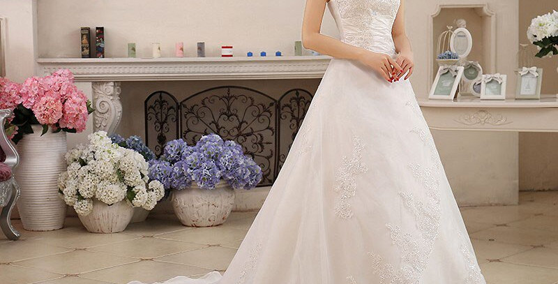 Princess Lace With Train Vintage Bridal Gowns