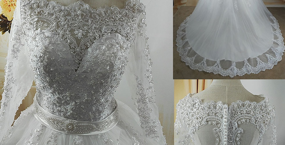 Elegant Wedding Dress for Brides Lace Sweetheart With Lace Edge & Pearl Detail