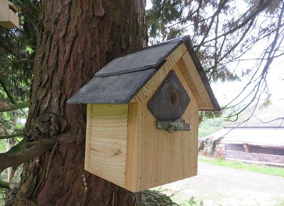 Apex Bird Box - 25 mm Hole