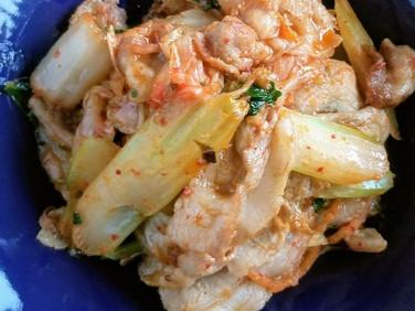 【レシピ】セルリー✩豚キムチ