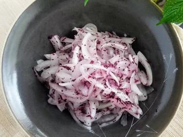 【レシピ】簡単!新玉ねぎのゆかり和え