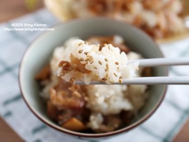 おかわりが止まらない♡【レシピ】豚こまとメンマの混ぜご飯