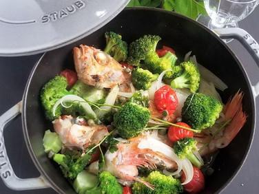 野菜たっぷり♡【レシピ】ブロッコリーとメバルのアクアパッツァ