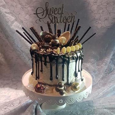 235-Sweet-16-Drip-Cake.jpg