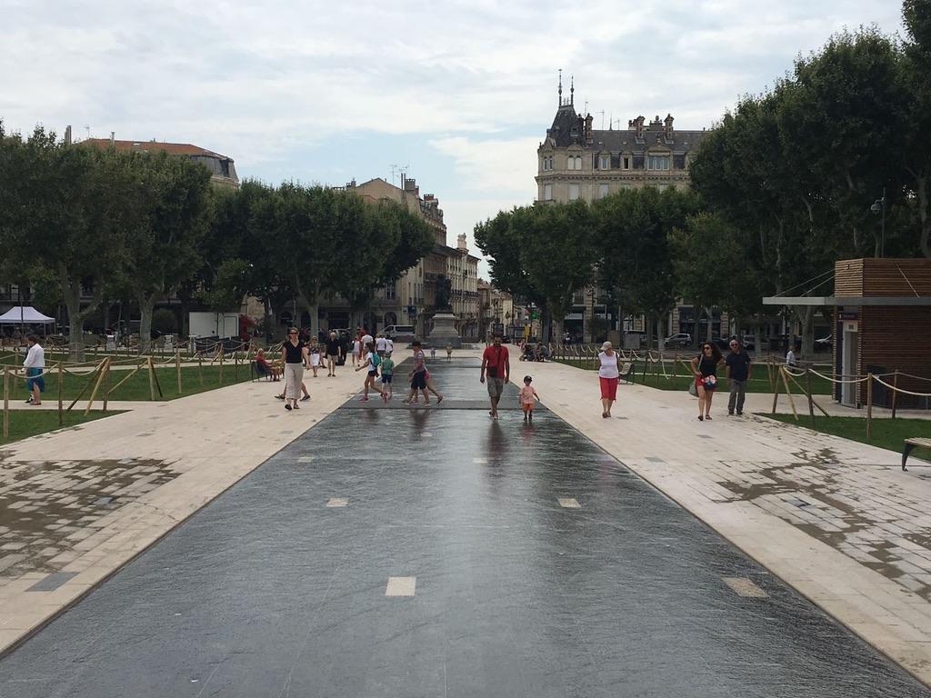 The Fountains, Place Jean Jaurès