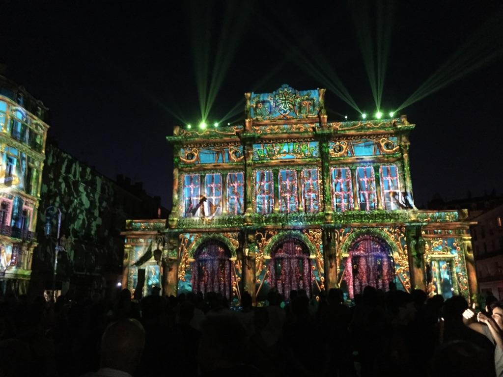 """""""L'Esprit de Résistance"""" light show"""