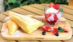 Strawberry-parfait-pie