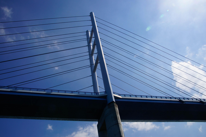 Rückenbrücke