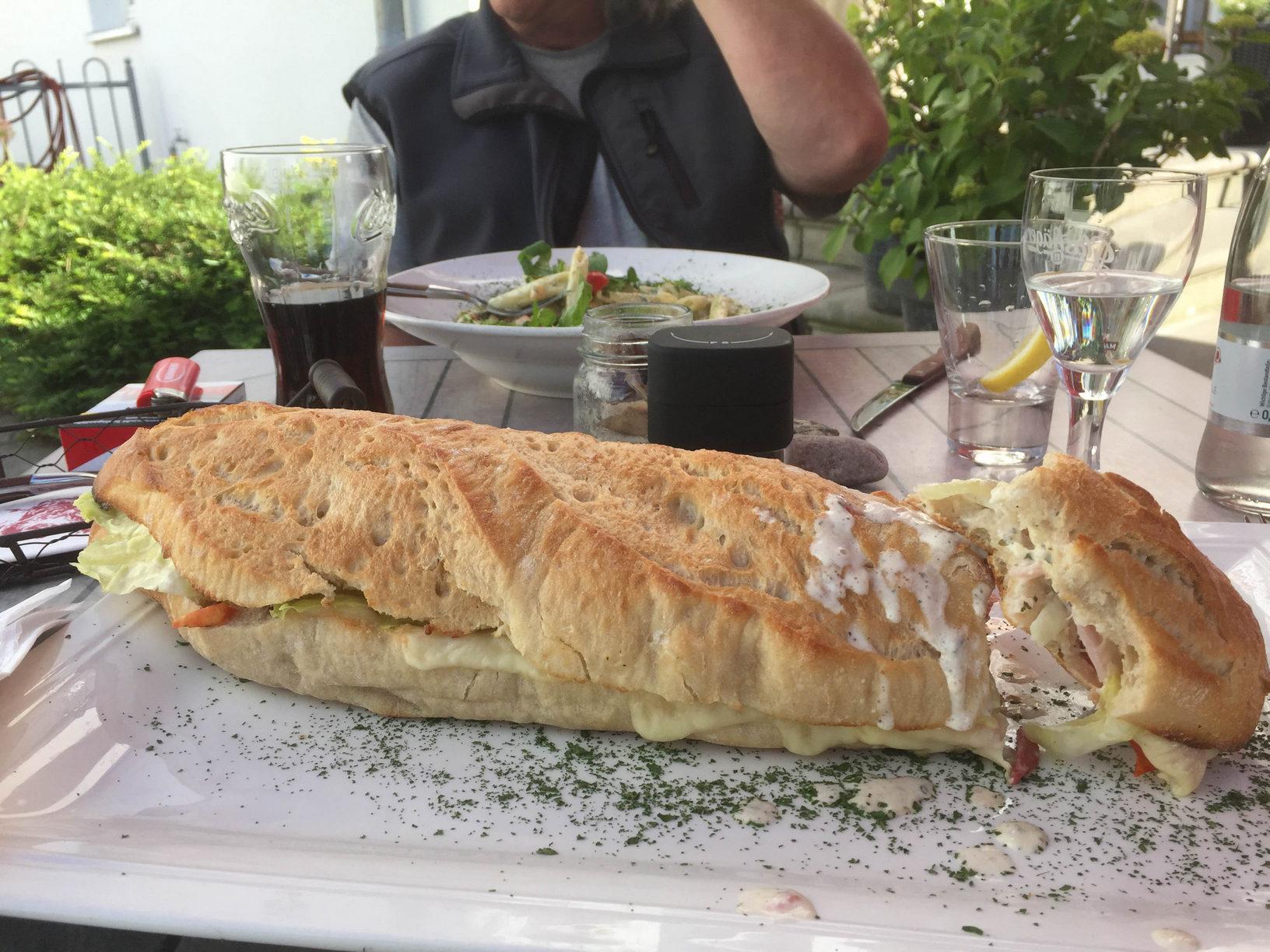 das grösste Baguette von Rügen