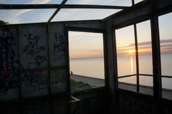 ein alter Bunker am Strand