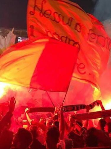Torce e Fumogeni, ideali per stadi, tifosi e feste private