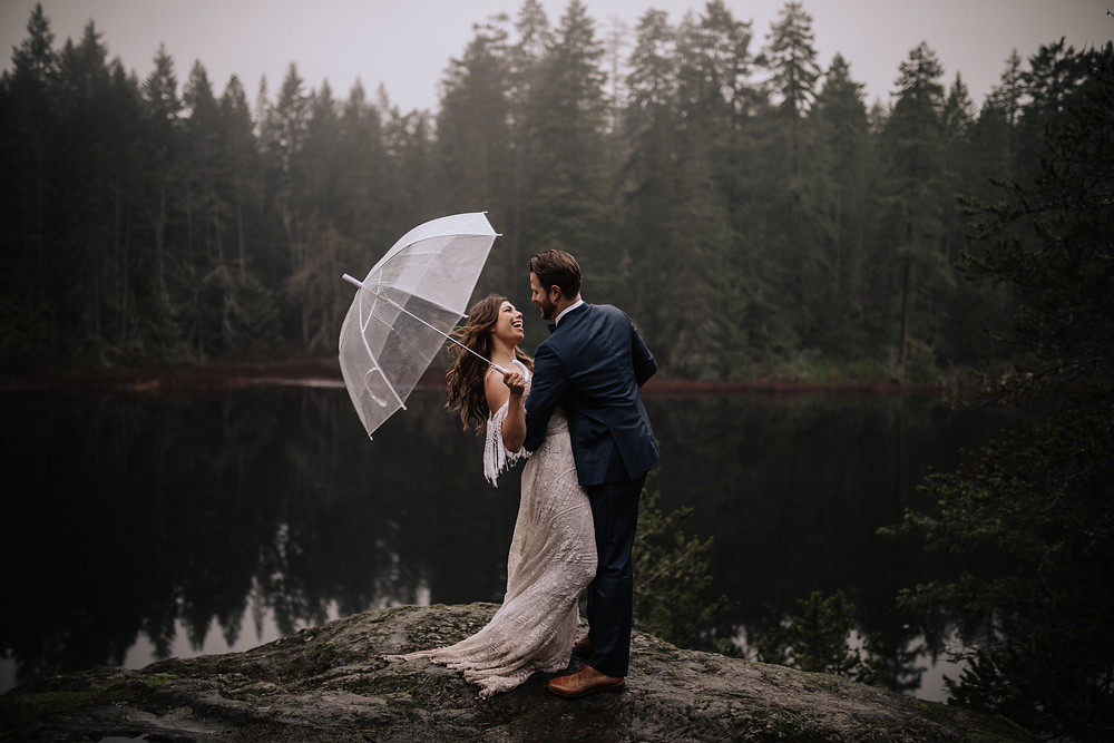 couple eloping on spectacle lake on vancouver island