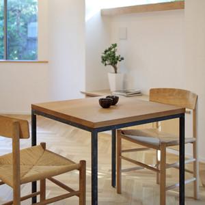 mikami-house-diningtable.jpg