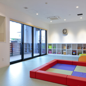 joyodentalclinic-kidsroom.jpg