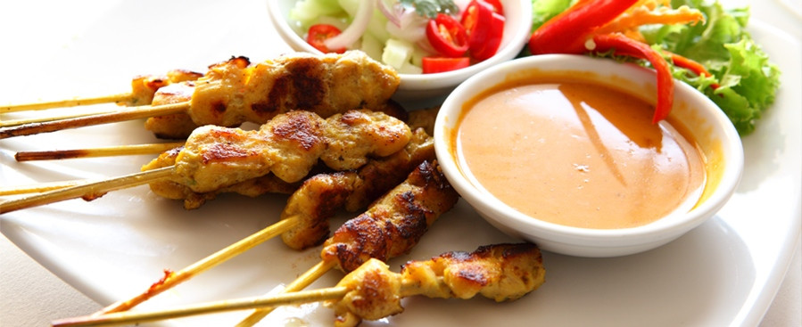 Bbq Chicken Skewers With Sate Sauce