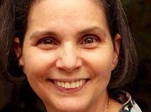 Ana Quiros 2.jpg