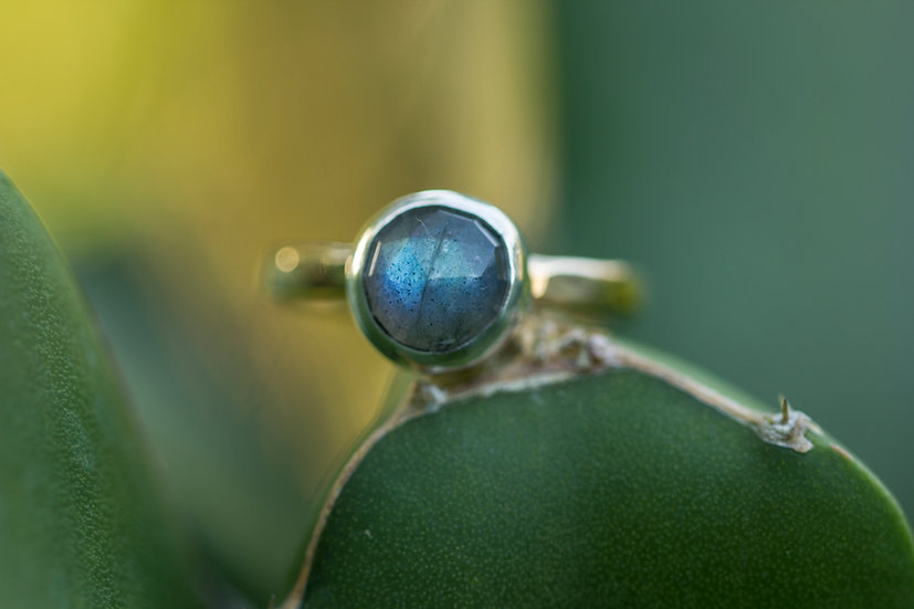 Rosecut Labradorite Mixed Metal Ring