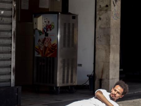 """Performance """"Caibo"""", por Diego Nunes"""