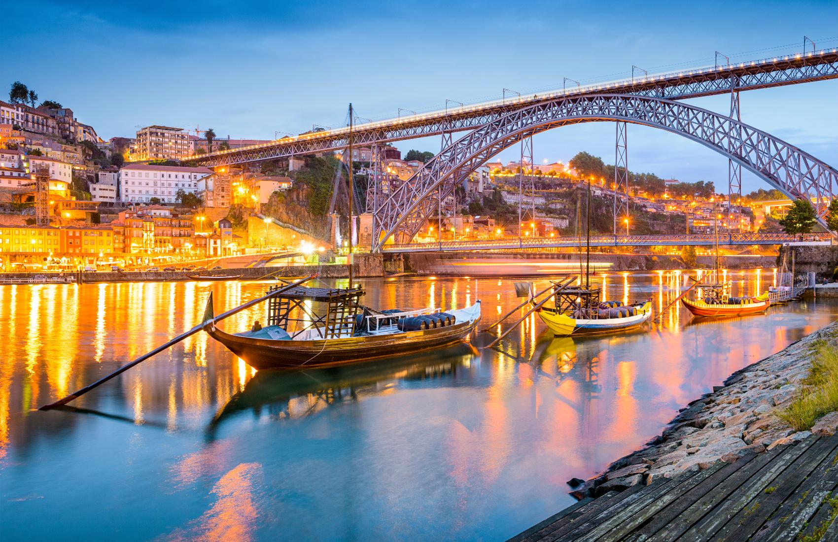 FEATURE-Porto-Portugal-Cityscape-000051839122_XXXLarge-1