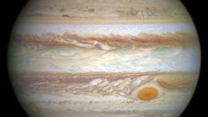 Sonda que estuda a lua captura imagens de Júpiter e algumas de suas luas
