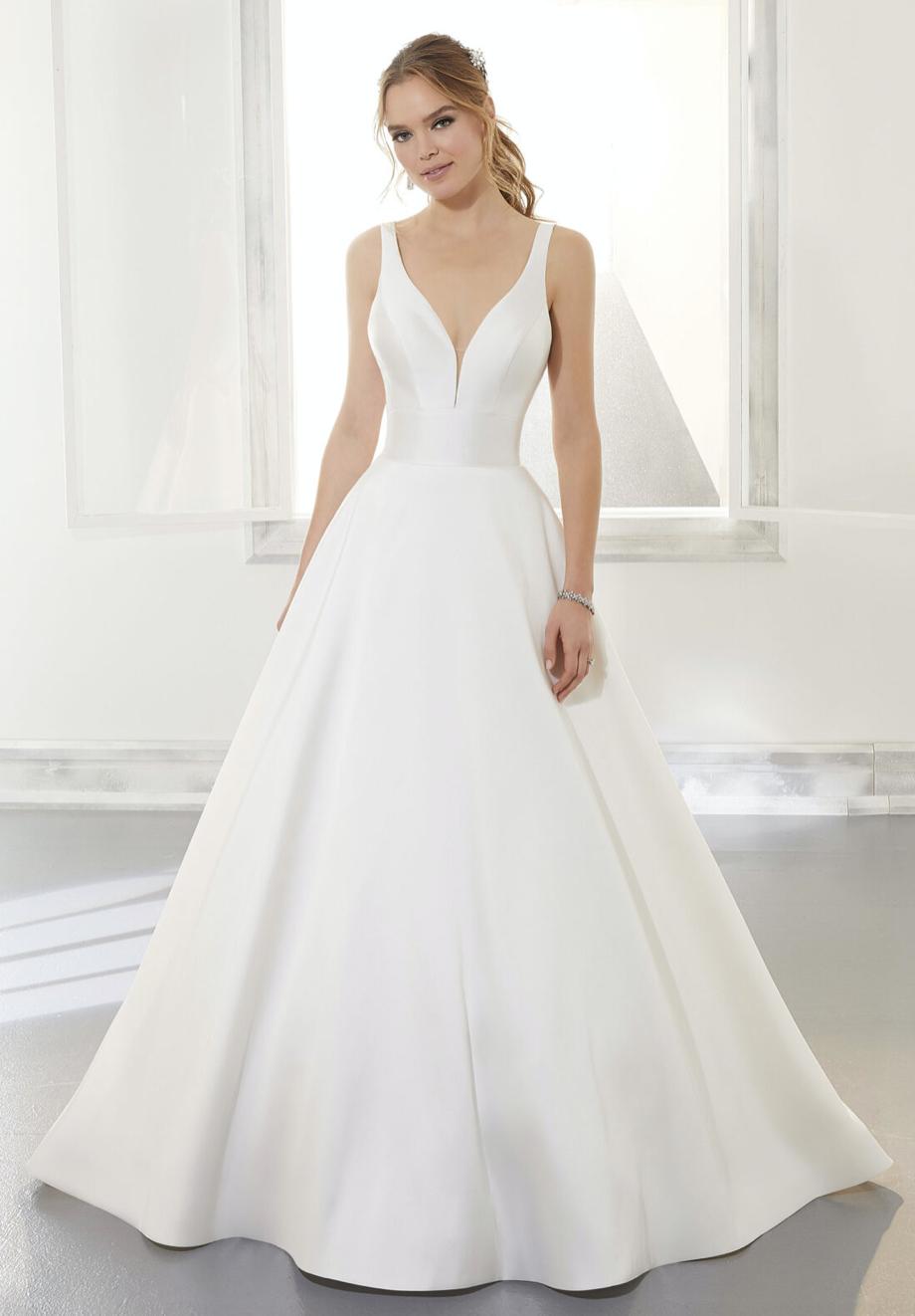 Amy Wedding Dress 5875