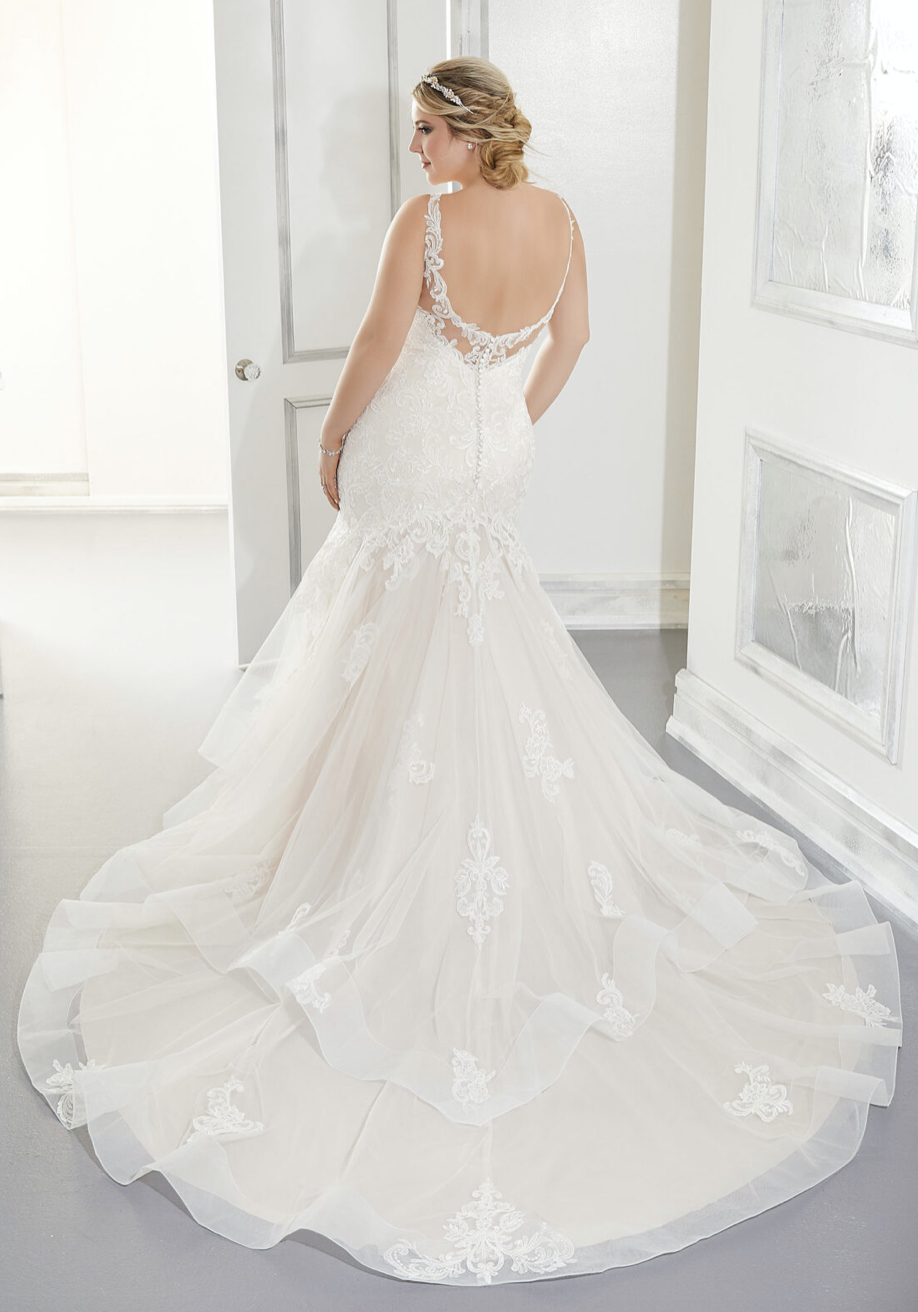 Antonia Wedding Dress 3306