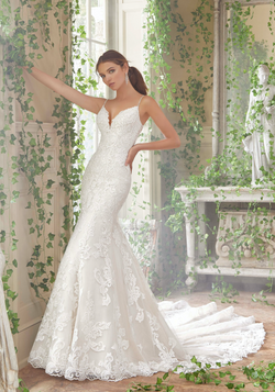 Peta Wedding Dress 5702
