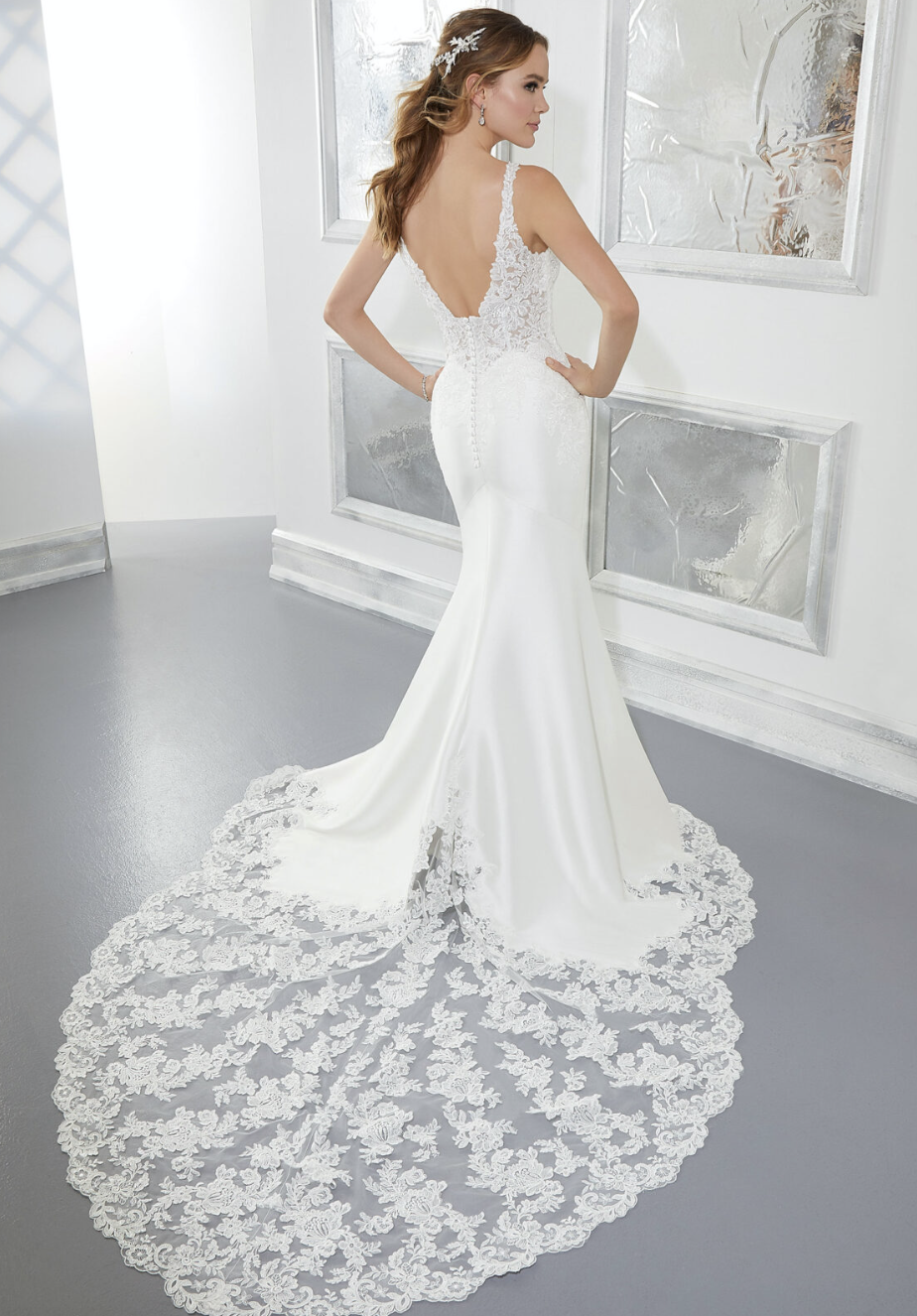 Amber Wedding Dress 5874