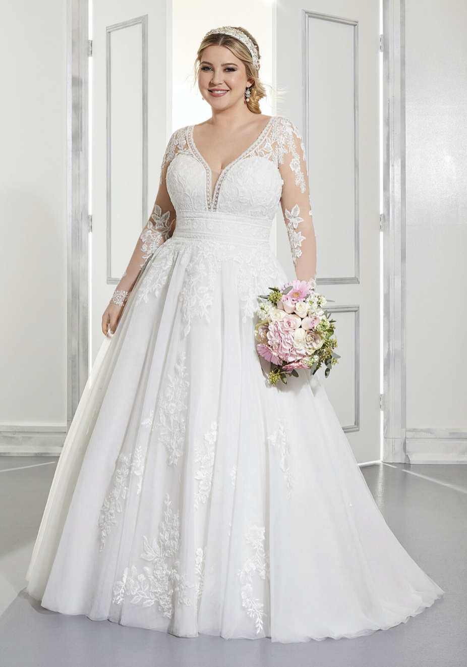 Ama Wedding Dress 3304
