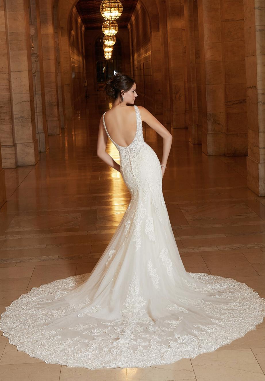 Aphrodite Wedding Dress 1042