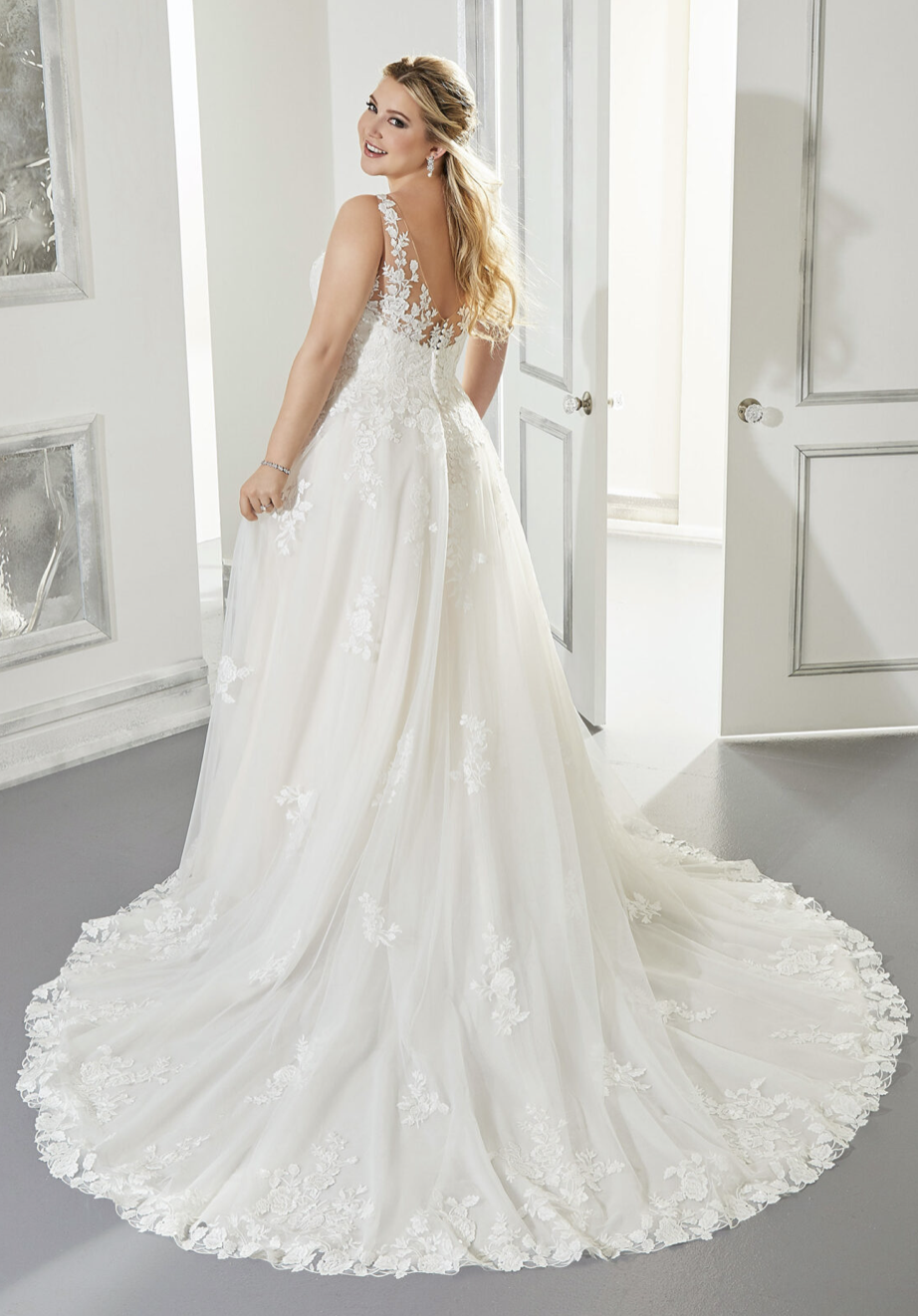 Arlene Wedding Dress 3302