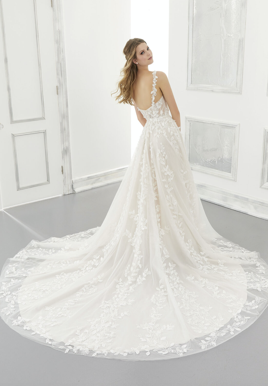 Adelaide Wedding Dress 2171