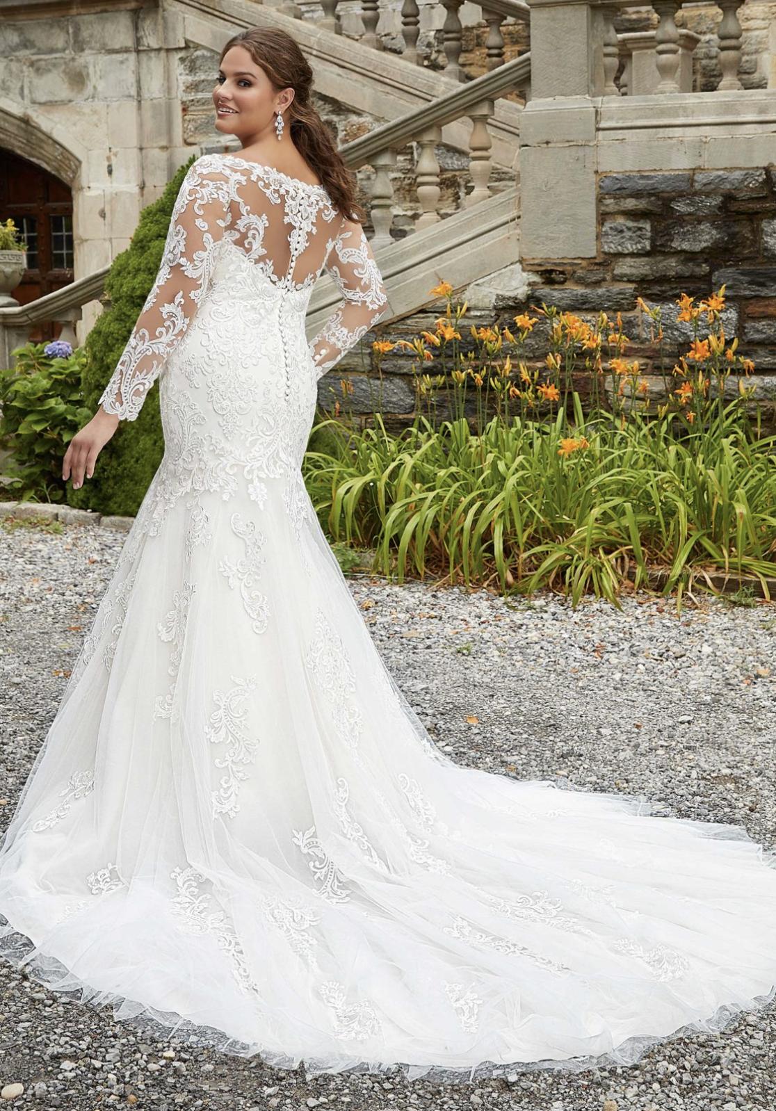 Sasha Wedding Dress 3285