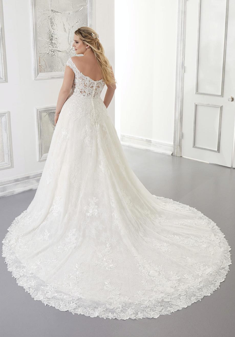 Adrian Wedding Dress 3305