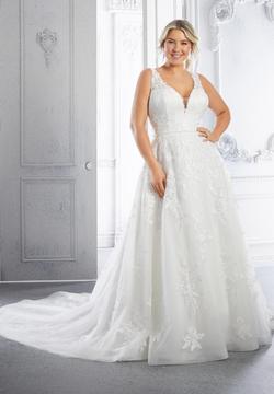 Carla Wedding Dress 3327
