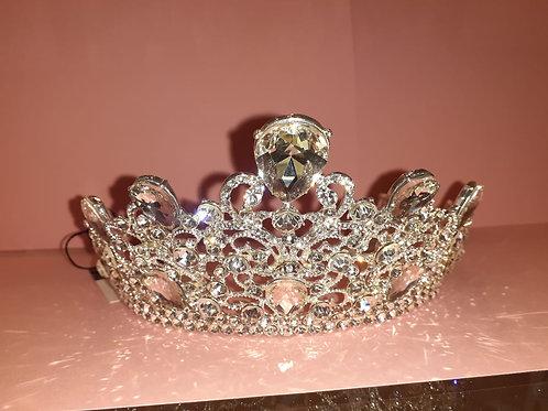 Crown 213