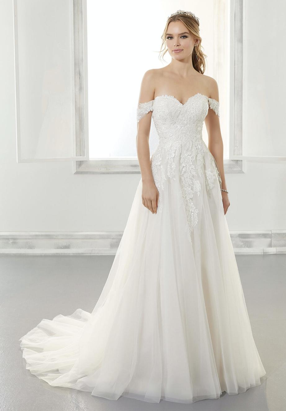 Arwen Wedding Dress 5878