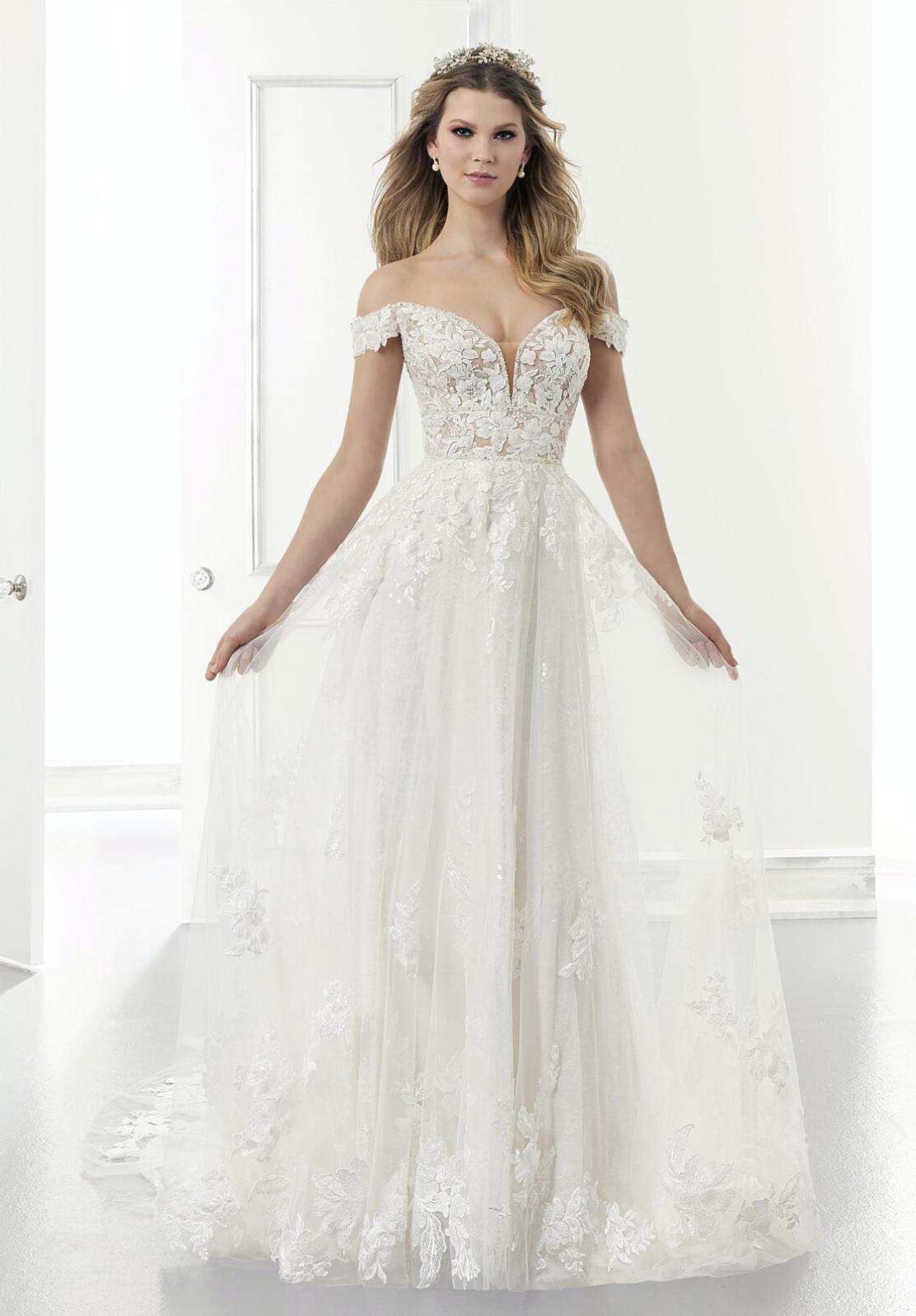 Addison Wedding Dress 2175