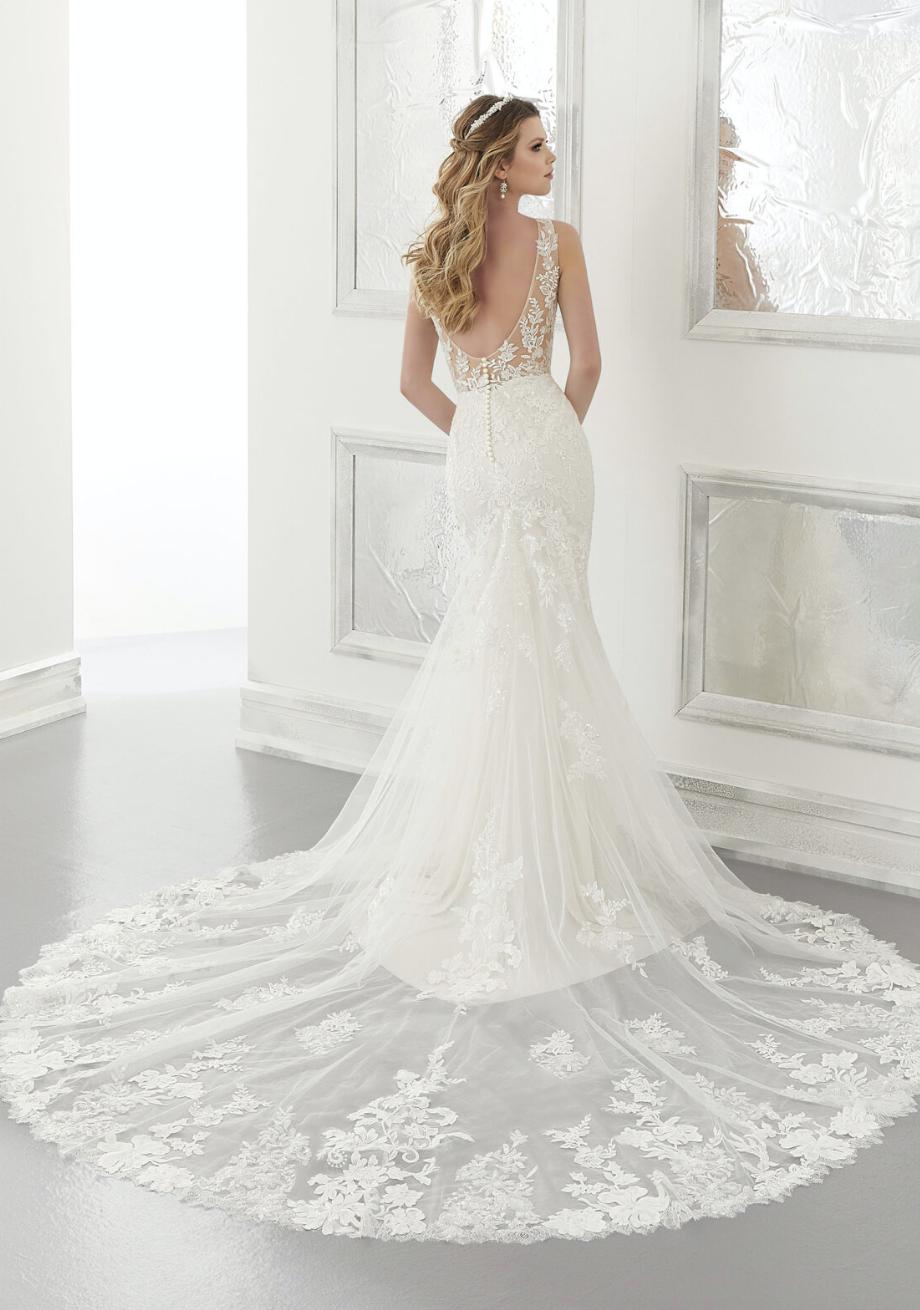 Andra Wedding Dress 2180