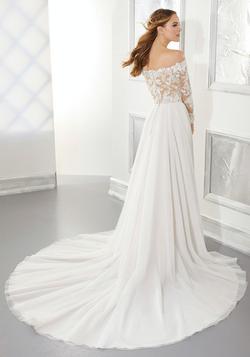 Ashley Wedding Dress 5877