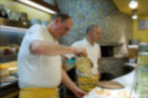 Ivano e collaboratore in Pizzeria da Salvatore