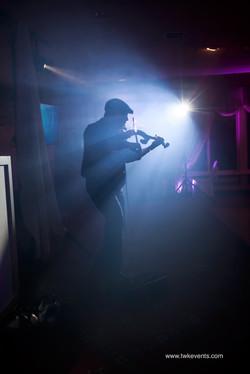 Live violinist