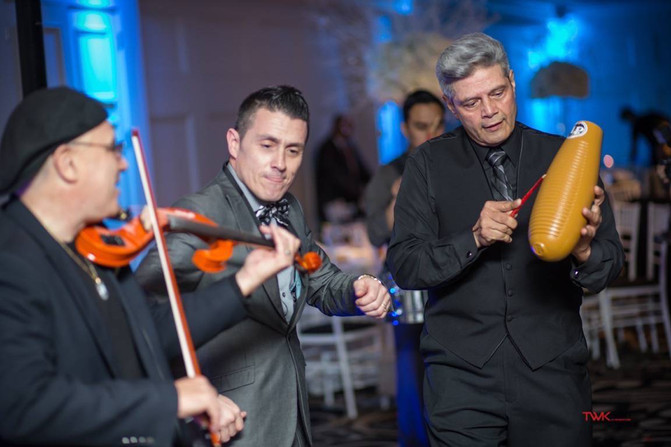 NYC Latin wedding DJ & percussions : Garcia wedding