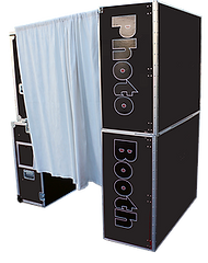Hard enclosure photo booth