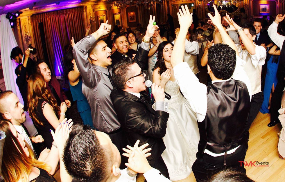 Latin Wedding DJ | MC interaction